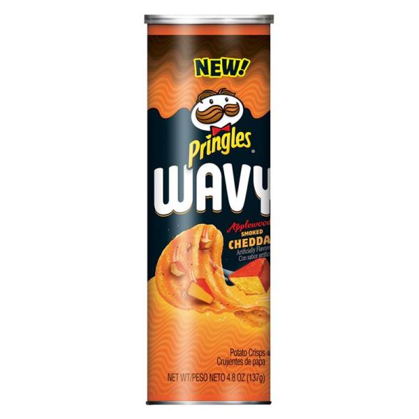 Pringles - Wavy Applewood Smoked Cheddar - 137g